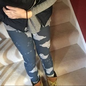 LuLaRoe Walrus Blue & Grey Leggings